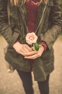 strategies_girl flower