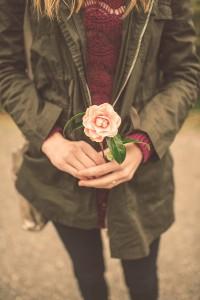 strategies_girl-flower_2_comp